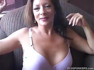 cougar emo girls housewife masturbating mature milf
