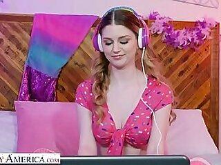 american bedroom big blonde blowjob handjob