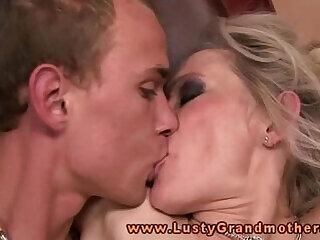 amateur blonde fucking granny mature milf