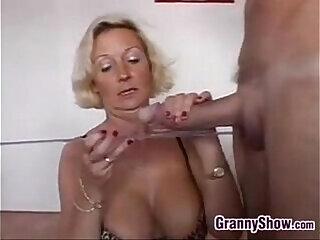 amateur blowjob bukkake granny mature milf