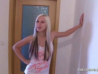 amateur blonde blowjob german hardcore shower