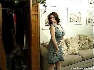 amateur big boobs brunette busty teen cougar