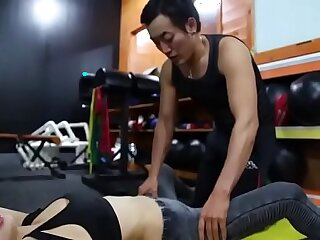 asian sisters student teacher